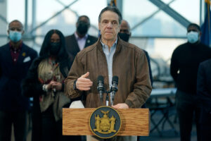 Read more about the article Cuomo staffers have stopped showing up to work as scandals mount