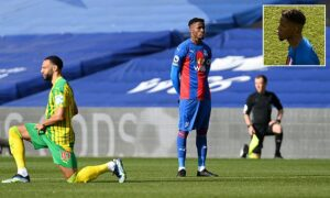 Read more about the article Wilfried Zaha becomes first Premier League player NOT to take a knee