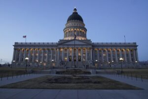 Read more about the article Utah lawmakers have voted to require every that cellphone and tablet sold in the