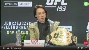 """Read more about the article UFC's Ronda Rousey 2015:""""I think that how much you get paid should have someth"""