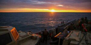 Bring Me The Horizon  @USNavy Sailors with Assault Craft Unit 2 and Beachmaster