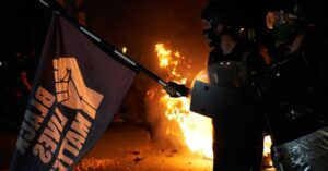 Read more about the article Prominent BLM Activist Threatens Cities 'on Fire' if Chauvin Walks