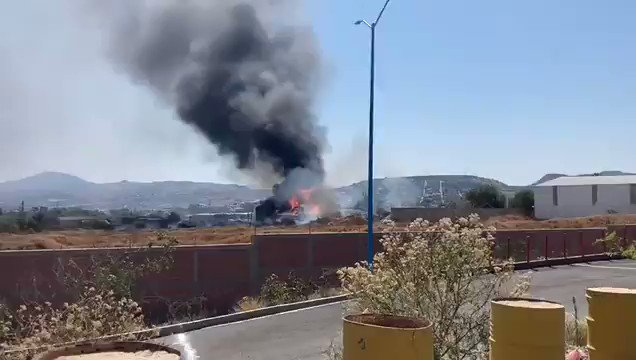 JUST IN: Massive fire after explosion in a factory in Balvanera Industrial Park