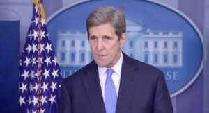 John Kerry's Family Takes Private Jet to Idaho as Kerry Goes on International Climate Change Tour