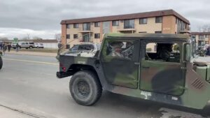 Read more about the article NEW – National Guard arrived at the Brooklyn Center Police Department in #Minnea