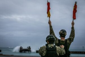 #BlueGreenTeam #HeavyLifting    #Marines from 3d MLG and #Sailors from Naval Bea