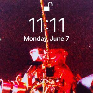 It's 11:11