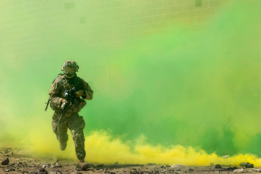 Through the haze. An @IDArmyNationalG soldier participates in a training exercis
