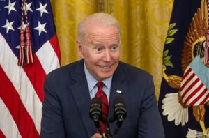 Read more about the article WHAT THE HELL WAS THIS? Joe Biden Whispers in the Microphone Again – THREE TIMES