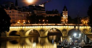 Read more about the article Man Stabbed, Two Others Thrown Into Seine River During Mob Attack