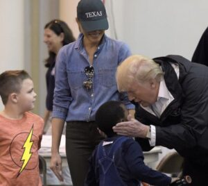 """Read more about the article """"We NEVER saw a picture like this with Trump."""""""