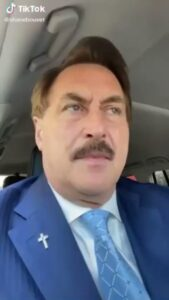 """Read more about the article MIKE LINDELL: """"This is like living in the beginning of a 3-part movie… it's li"""