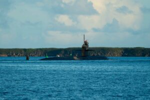 Read more about the article The #USNavy Los Angeles-class fast-attack submarine #USSKeyWest transits Apra Ha