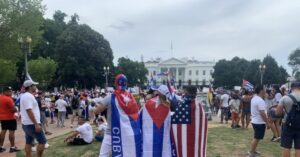 Read more about the article Watch Live: Hundreds Demand Freedom for Cuba Outside White House