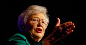 Read more about the article AL Gov. Ivey: 'It's Time to Start Blaming the Unvaccinated Folks' for COVID Surge
