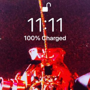 Read more about the article It's always 11:11 when I check the time