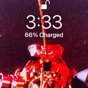 It's 3:33