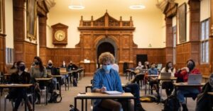 Read more about the article Unvaccinated University Students Will be Banned From Lectures: Report