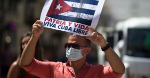 Read more about the article Washington protesters rally at Cuban embassy against the dictatorship, say Biden supports communism