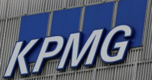 Read more about the article KPMG faces complaint of providing 'false' information on Carillion audit